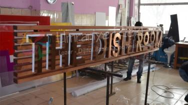 ışıklı bronz harf tabela