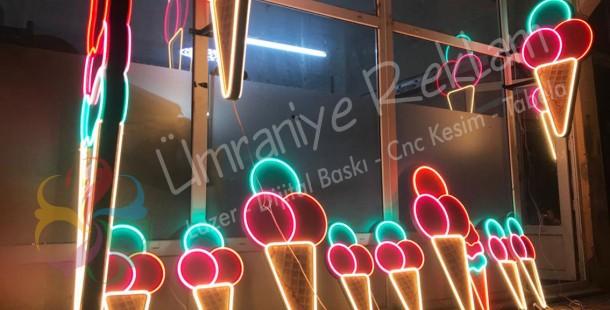 Işıklı ledneon dondurma külahı